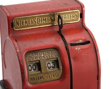 Free Isolated Vintage Coin Bank Royalty Free Stock Image - 4612256