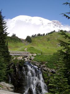Free Mt Rainier Stock Image - 4612741