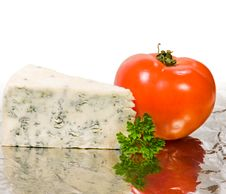 Free Cheese And Tomato Royalty Free Stock Photo - 4618025