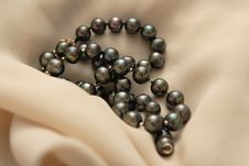Free Pearls Royalty Free Stock Image - 4618036