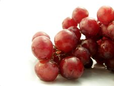 Free Wet Red Grapes On White Royalty Free Stock Photography - 4619617