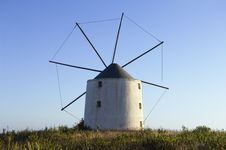 Free Old Windmill Stock Photography - 4621792