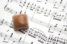 Free Chocolate And Notes Royalty Free Stock Images - 4626069