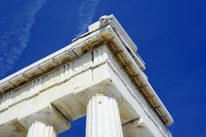 Free Greek Architecture With White Marble Stock Images - 4626994