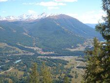 Free Mountains04 Stock Photo - 4629660