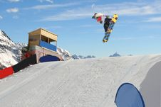 Free Snowboarder Stock Images - 4629734