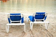 Free Beach Blue Chairs Stock Photography - 4633852