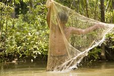 Free Fishing With A Throw Net Royalty Free Stock Images - 4636659