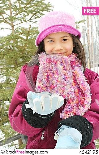 Free Child Enjoying The Winter Royalty Free Stock Photo - 4642195