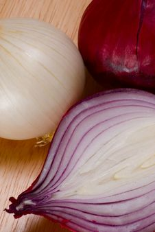 Free Red And White Onions Stock Images - 4640414