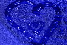 Free Heart With Water Droplets Royalty Free Stock Image - 4642496