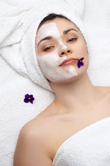 Free Beauty Salon Series: Facial Mask Royalty Free Stock Images - 4643309