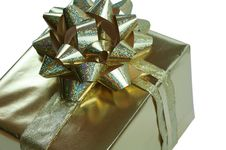 Free Gold Present With Ribbon Stock Image - 4644651