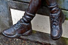 Free Bronze Boots Of Statue Royalty Free Stock Photography - 4644837