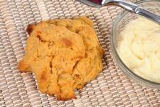 Free Sweet Potato Biscuit And Butter Royalty Free Stock Images - 4644909