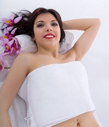 Free Attractive Woman Getting Spa Treatment Royalty Free Stock Photography - 4646227