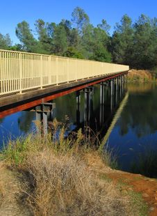 Free Bridge Over The River Royalty Free Stock Image - 4650196