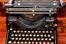 Free Typewriter Old Royalty Free Stock Image - 4652436