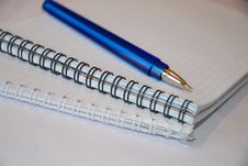 Free Pen With Notepad Royalty Free Stock Photo - 4653805