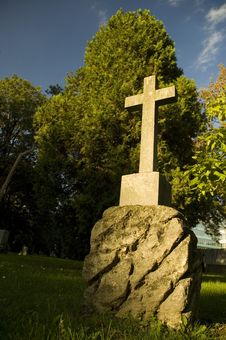 Free Cemetery With Fresh Green Trees Stock Photography - 4657032