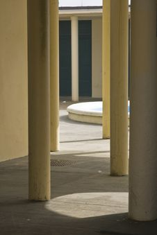 Free Yellow Elegant Columns Of A Classical Structure Stock Photo - 4657900