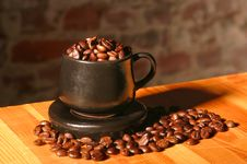 Free Cup And Coffee Beans Royalty Free Stock Photos - 4659818