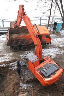 Free Working Excavator Stock Images - 4660604