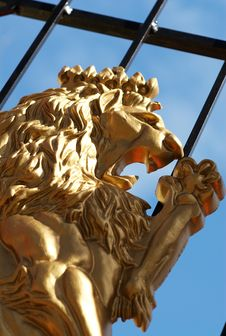 Free A Golden Lion On A Cast Iron Gate Stock Photos - 4663263