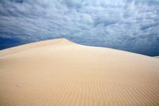 Free Wind On Dunes Royalty Free Stock Photos - 4664258