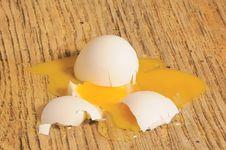 Free Broken Egg Stock Image - 4665531
