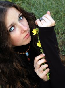 Free Beautiful Teenage Girl Royalty Free Stock Photos - 4668038