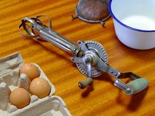 Old Egg-Beater Royalty Free Stock Images
