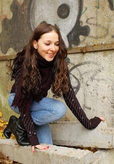 Free Teenage Girl Near The Wall Royalty Free Stock Image - 4671656