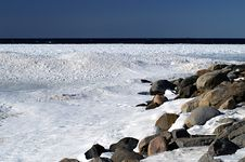 Free Icy Shoreline Stock Images - 4677054