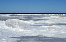Free Icy Shoreline Stock Photography - 4677072