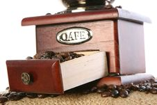 Free Close-up Of Coffee Beans Royalty Free Stock Images - 4677489