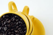 Free Cups With Coffe Beans Royalty Free Stock Photography - 4677527