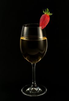 White Wine And Strawberry Royalty Free Stock Photos