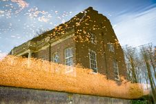 Free Reflection Of Historical Building Royalty Free Stock Photos - 4682128