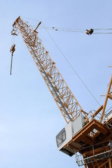 Free Lifting Crane Royalty Free Stock Photography - 4692207