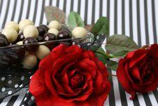 Free Chocolate Balls Royalty Free Stock Photos - 4694198