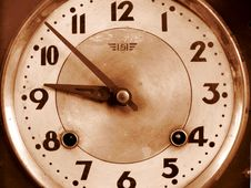 Free Old-fashioned Clock Royalty Free Stock Image - 4696586