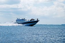 Free Fast Big Boat Stock Image - 4696731