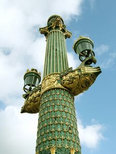 Free Paris Lightpost Royalty Free Stock Images - 470779