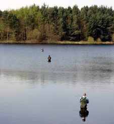 Free Angling In Fenistone Reservoir Royalty Free Stock Photography - 479747