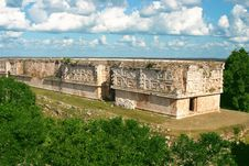 Free Mayan Buildings Royalty Free Stock Photography - 4700207