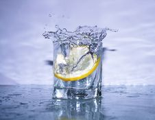 Free Fresh Splashing Lemonade Stock Photos - 4702373