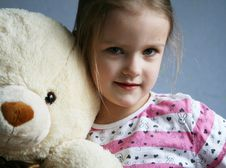 Free Kid With Teddy Royalty Free Stock Photography - 4702627