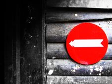 Free Red Arrow Sign Stock Photography - 4706182