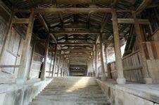 Free Lounge Bridges Inside Royalty Free Stock Photos - 4707718